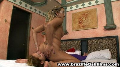Brazilfetishfilms - Clean Anny Lees Sweaty Ass Hd